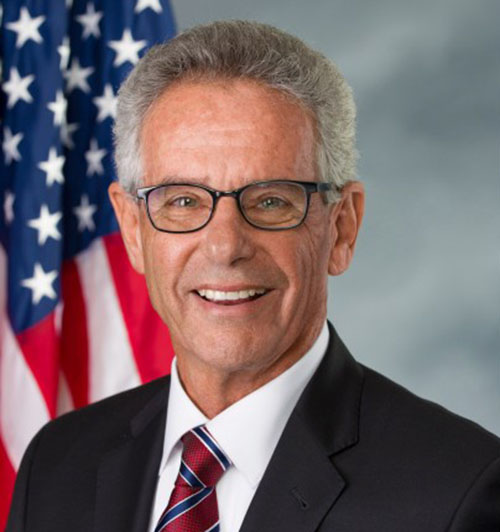 Alan_Lowenthal_with_seal-770x434