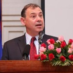 Ambassador-William-Heidt-at-the-event-marking-the-five-years-of-Feed-the-Future-programs-in-Cambodia-1140x530